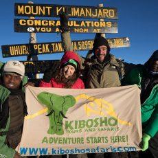 Kiboshotours-Uhuru-peak-3.jpeg